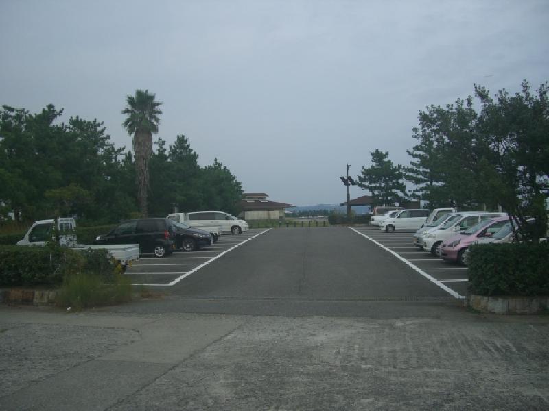 橋杭園地駐車場