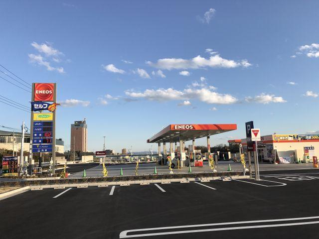 ガソリンスタンド ENEOS J-Quest 前橋岩神店 / (株)ジェイ・クエスト