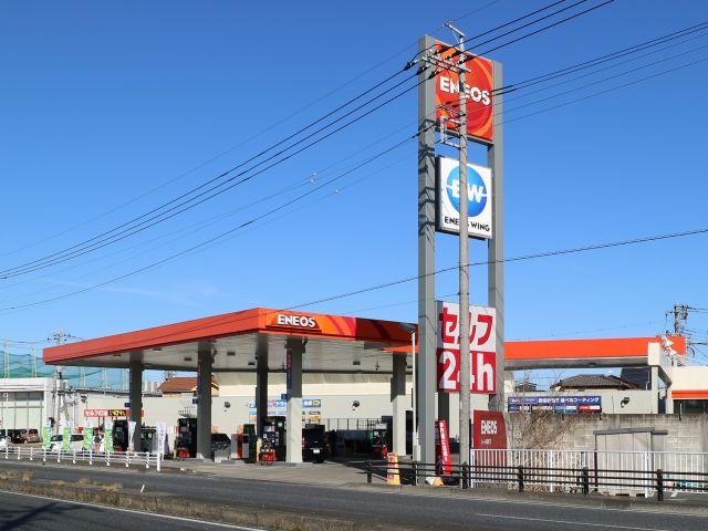 ガソリンスタンド ENEOS ルート4越谷TS / (株)ENEOSウイング