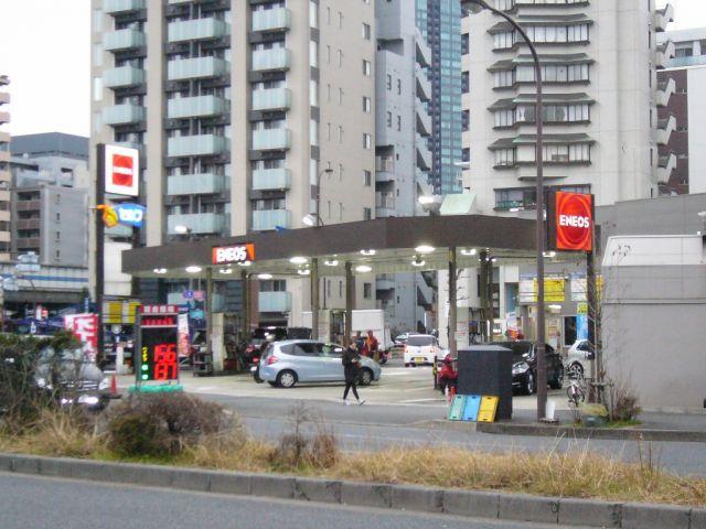 ガソリンスタンド ENEOS Dr.Drive セルフ芝公園SS / (株)サントーコー