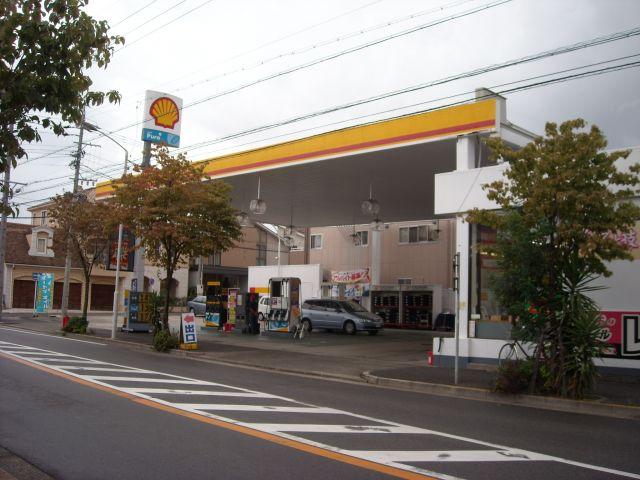 ガソリンスタンド 昭和シェル石油 プラザ汐路店SS / エザキ(株)