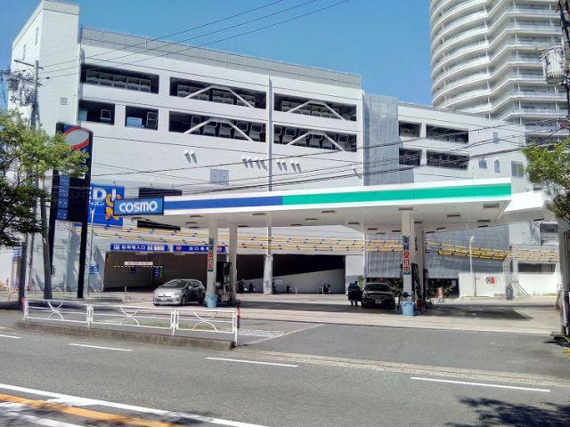 ガソリンスタンド コスモ石油 箕面船場SS / 東洋カーマックス(株)