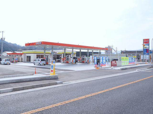 ガソリンスタンド ENEOS Dr.Drive セルフ万成西町店 / (株)両備エネシス