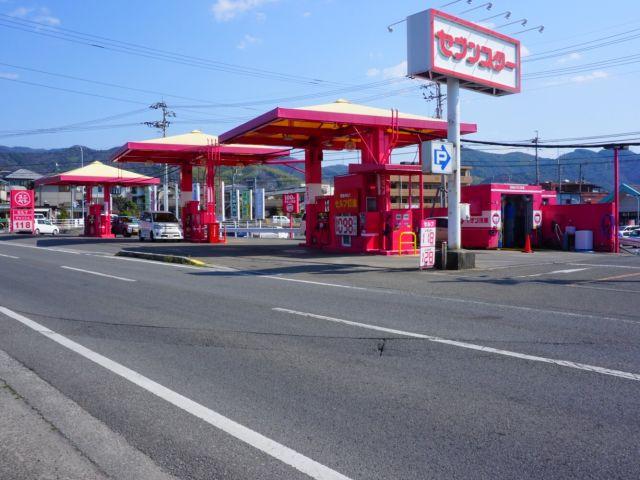 ガソリンスタンド 独自・その他 まつやま東インターSS / (株)ユニバーサル・ペトロリアム