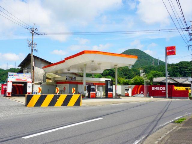 ガソリンスタンド ENEOS 真申SS / 堀内商事(株)